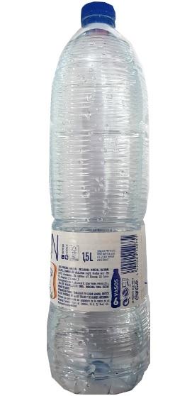 Agua mineral embotellada con buen nivel de Ph para germinar con jiffy